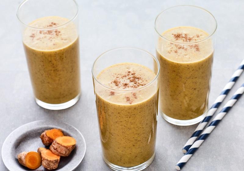 turmeric-and-almond-milk
